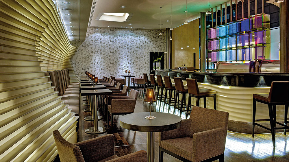 G_The-Squaire-Hilton-The Fifth Lounge and Bar-k