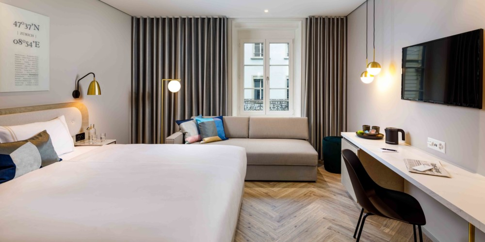 Hotel_Felix_Zurich_Schweiz_Switzerland_Doppelzimmer Twin Room Plus Triple Sofa Sofabett