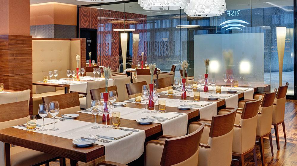 G_The-Sqaire-Hilton _ Restaurant RISE_k