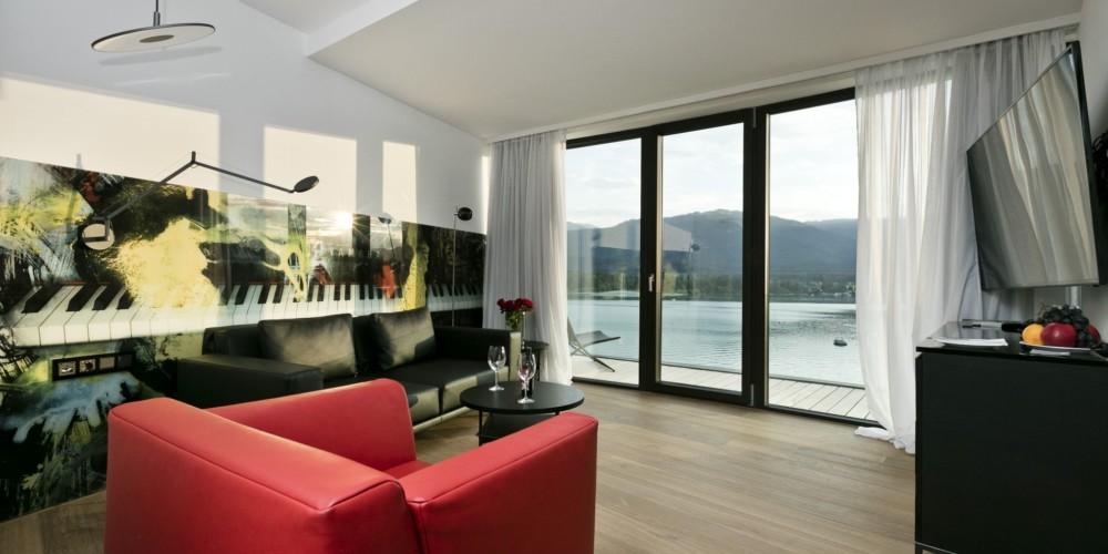 Sunset Wing_Design Room12